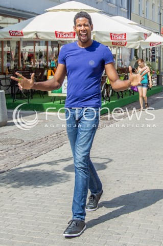 23.07.2015 RZESZOW<br />SESJA FOTOGRAFICZNA SIATKARZA WILFREDO LEON VENERO KTORY W LIPCU OTRZYMAL POLSKIE OBYWATELSTWO<br />VOLLEYBALL PLAYER WILFREDO LEON VENERO PHOTO SESSION<br />N/Z WILFREDO LEON VENERO PRYWATNIE<br />