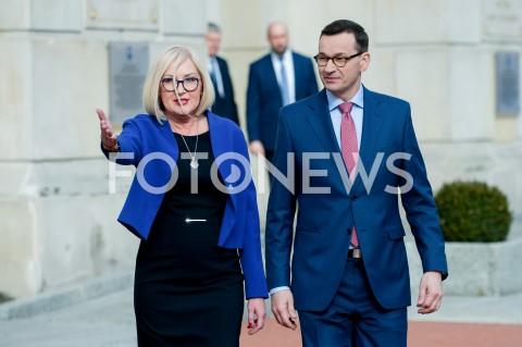 Inauguracja akcji informacyjnej rządowego programu #NowaPiątka w Warszawie