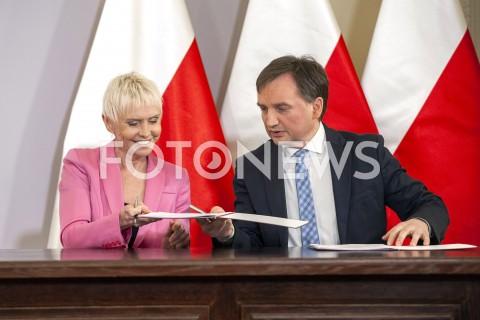 Podpisanie umowy na budowę kliniki