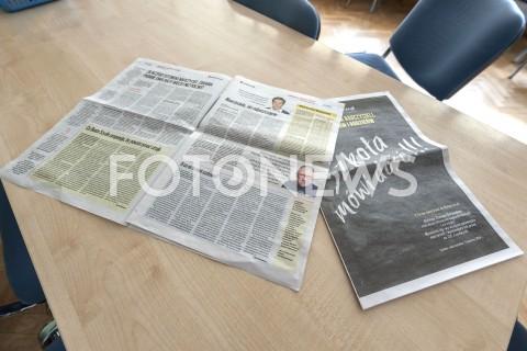 AGENCJA FOTONEWS - 08.04.2019 WARSZAWASTRAJK SZKOL I NAUCZYCIELIN/Z GAZETA WYBORCZA STRAJKOWA SZKOLA MOWI DOSC JERZY OWSIAK RAFAL KROLIKOWSKIFOT GRZEGORZ KRZYZEWSKI / FOTONEWS