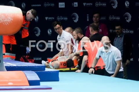 AGENCJA FOTONEWS - 10.04.2019 SZCZECIN8. MISTRZOSTWA EUROPY W GIMNASTYCE SPORTOWEJ KOBIET I MEZCZYZNDZIEN 1 - KWALIFIKACJE MEZCZYZN8th European Championships in Artistic GymnasticsDay 1 - Men QualificationsN/Z DOMINICK CUNNINGHAM KONTUZJA UPADEK INJURYFOT MATEUSZ SLODKOWSKI / FOTONEWS