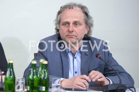 Jarosław Neneman przed komisją ds. VAT w Warszawie
