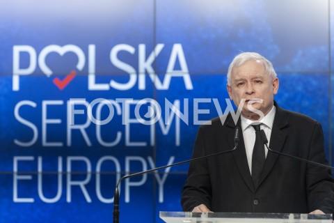 Briefing prezesa PiS Jarosława Kaczyńskiego w Warszawie