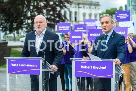 Konferencja Roberta Biedronia i Fransa Timmermansa nt. praworządności w Warszawie