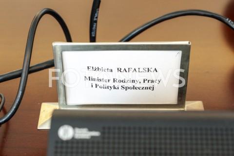AGENCJA FOTONEWS - 28.05.2019 WARSZAWAPOSIEDZENIE RADY MINISTROWPOSIEDZENIE RZADUN/Z ELZBIETA RAFALSKA TABLICZKAFOT GRZEGORZ KRZYZEWSKI / FOTONEWS