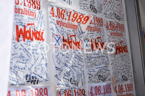 AGENCJA FOTONEWS - 04.06.2019 GDANSKSWIETO WOLNOSCI I SOLIDARNOSCI W GDANSKUN/Z PLAKATY WOLNOSC 04.06.1989FOT MATEUSZ SLODKOWSKI / FOTONEWS