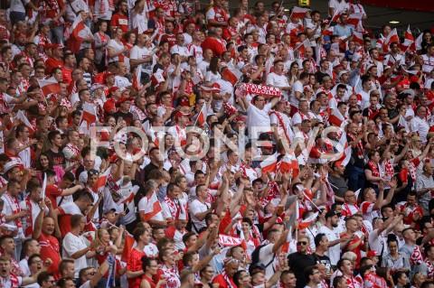 AGENCJA FOTONEWS - 10.06.2019 - WARSZAWAPILKA NOZNA - KWALIFIKACJE UEFA EURO 2020FOOTBALL UEFA EURO 2020 QUALIFIERSMECZ POLSKA (POLAND) - IZRAEL (ISRAEL)N/Z KIBICE TRYBUNY FLAGI SZALIK SZALIKIFOT MATEUSZ SLODKOWSKI / FOTONEWS