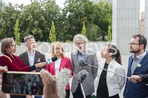 AGENCJA FOTONEWS - 10.07.2019 WARSZAWAKONFERENCJA PARTII ZIELONI NA TEMAT KAMPANII WYBORCZEJN/Z MAREK KOSSAKOWSKI MALGORZATA TRACZ URSZULA ZIELINSKA MILKA MILOSLAWA STEPIEN AREK ARKADIUSZ GMURCZYKFOT GRZEGORZ KRZYZEWSKI / FOTONEWS
