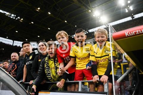 AGENCJA FOTONEWS - 03.08.2019 DORTMUNDPILKA NOZNA - SUPERPUCHAR NIEMIEC 2019(Football - Germany Supercup 2019)MECZ BORUSSIA DORTMUND - BAYERN MONACHIUM(Borussia Dortmund - Bayern Munich)N/Z MLODZI KIBICE PILKARSCYFOT MATEUSZ SLODKOWSKI / FOTONEWS
