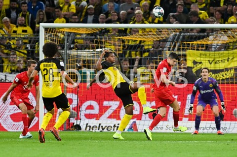 AGENCJA FOTONEWS - 03.08.2019 DORTMUNDPILKA NOZNA - SUPERPUCHAR NIEMIEC 2019(Football - Germany Supercup 2019)MECZ BORUSSIA DORTMUND - BAYERN MONACHIUM(Borussia Dortmund - Bayern Munich)N/Z MANUEL AKANJI ROBERT LEWANDOWSKIFOT MATEUSZ SLODKOWSKI / FOTONEWS