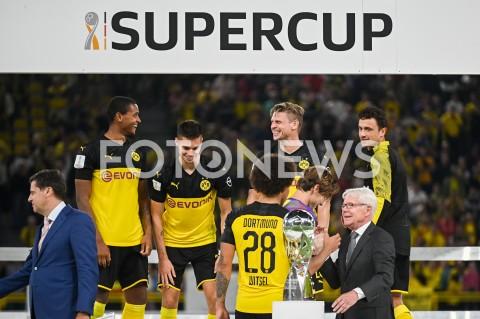 AGENCJA FOTONEWS - 03.08.2019 DORTMUNDPILKA NOZNA - SUPERPUCHAR NIEMIEC 2019(Football - Germany Supercup 2019)MECZ BORUSSIA DORTMUND - BAYERN MONACHIUM(Borussia Dortmund - Bayern Munich)N/Z BORUSSIA DORTMUND ZWYCIEZCA SUPERPUCHAR LUKASZ PISZCZEKFOT MATEUSZ SLODKOWSKI / FOTONEWS