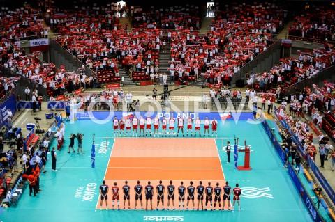 AGENCJA FOTONEWS - 09.08.2019 GDANSKSIATKOWKA - TURNIEJ KWALIFIKACYJNY FIVB DO IGRZYSK OLIMPIJSKICH TOKIO 2020MECZ POLSKA - TUNEZJAVolleyball - Olympic Games FIVB Qualifiers Tournament Pool DPoland - TunisiaN/Z REPREZENTACJA POLSKI DRUZYNA HYMNFOT MATEUSZ SLODKOWSKI / FOTONEWS