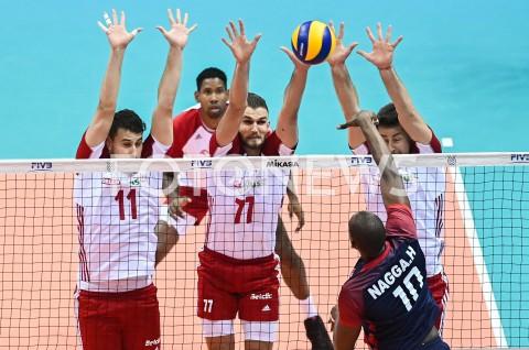 AGENCJA FOTONEWS - 09.08.2019 GDANSKSIATKOWKA - TURNIEJ KWALIFIKACYJNY FIVB DO IGRZYSK OLIMPIJSKICH TOKIO 2020MECZ POLSKA - TUNEZJAVolleyball - Olympic Games FIVB Qualifiers Tournament Pool DPoland - TunisiaN/Z FABIAN DRZYZGA KAROL KLOS BLOKFOT MATEUSZ SLODKOWSKI / FOTONEWS