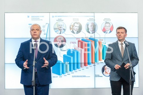 Konferencja Jacka Sasina i Łukasza Schreibera w siedzibie PiS w Warszawie