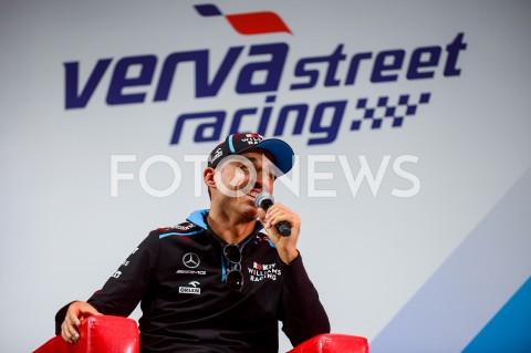 Robert Kubica podczas Verva Street Racing w Gdyni