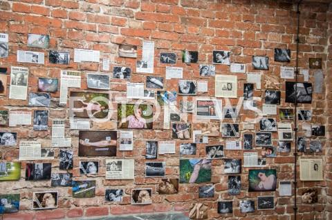 AGENCJA FOTONEWS - 28.08.2019 WARSZAWA SPOTKANIE PRASOWE SERIALU TVN PULAPKA W WARSZAWIEN/Z ZDJECIE ILUSTRACYJNE WYCINKI GAZETFOT JACEK MYSZKOWSKI/FOTONEWS