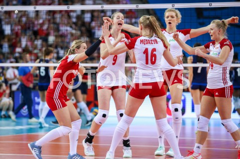 AGENCJA FOTONEWS - 29.08.2019 LODZ ( POLAND )SIATKOWKA KOBIET MISTRZOSTWA EUROPY KOBIET CEV EUROVOLLEY 2019 WOMEN EUROPEAN CHAMPIONSHIP MECZ POLSKA - WLOCHY ( Poland - Italy ) N/Z MAGDALENA STYSIAK PAULINA MAJ ERWARDT JOANNA WOLOSZ AGNIESZKA KAKOLEWSKA RADOSC EMOCJE FOT ARTUR MARCINKOWSKI / FOTONEWS