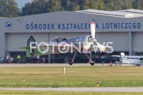 AGENCJA FOTONEWS - 31.08.2019 LOTNISKO RZESZOW JASIONKA CENTRALNE POKAZY LOTNICZE Z OKAZJI 100-LECIA AEROKLUBU POLSKIEGO N/Z SAMOLOT SUKHOI SU-31 PILOT JURGIS KAIRYSFOT MACIEJ GOCLON / FOTONEWS