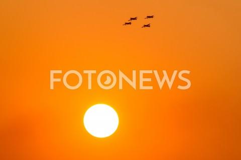 AGENCJA FOTONEWS - 31.08.2019 LOTNISKO RZESZOW JASIONKA CENTRALNE POKAZY LOTNICZE Z OKAZJI 100-LECIA AEROKLUBU POLSKIEGO N/Z ZESPOL AKROBACYJNY FIREBIRDS I SAMOLOT EXTRA 330 PILOT LUKASZ CZEPIELA RED BULLFOT MACIEJ GOCLON / FOTONEWS