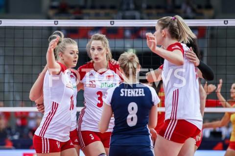 AGENCJA FOTONEWS - 01.09.2019 LODZ ( POLAND )SIATKOWKA KOBIET MISTRZOSTWA EUROPY KOBIET CEV EUROVOLLEY 2019 WOMEN EUROPEAN CHAMPIONSHIP1/8 FINALU MECZ POLSKA - HISZPANIA ( Poland - Spain ) N/Z KLAUDIA ALAGIERSKA JOANNA WOLOSZ MARIA STENZEL MAGDALENA STYSIAK RADOSC EMOCJE FOT ARTUR MARCINKOWSKI / FOTONEWS