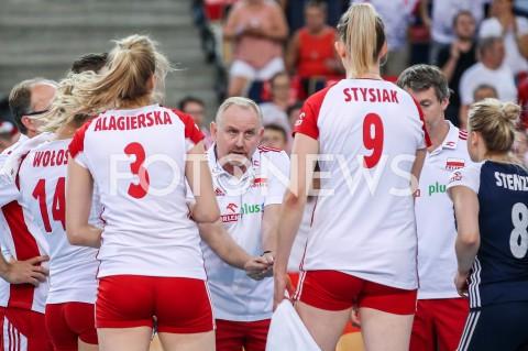 AGENCJA FOTONEWS - 01.09.2019 LODZ ( POLAND )SIATKOWKA KOBIET MISTRZOSTWA EUROPY KOBIET CEV EUROVOLLEY 2019 WOMEN EUROPEAN CHAMPIONSHIP1/8 FINALU MECZ POLSKA - HISZPANIA ( Poland - Spain ) N/Z JACEK NAWROCKI - I TRENER ( HEAD COACH ) ZAWODNICZKI MAGDALENA STYSIAK KLAUDIA ALAGIERSKAFOT ARTUR MARCINKOWSKI / FOTONEWS