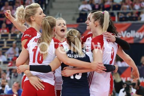 AGENCJA FOTONEWS - 01.09.2019 LODZ ( POLAND )SIATKOWKA KOBIET MISTRZOSTWA EUROPY KOBIET CEV EUROVOLLEY 2019 WOMEN EUROPEAN CHAMPIONSHIP1/8 FINALU MECZ POLSKA - HISZPANIA ( Poland - Spain ) N/Z JOANNA WOLOSZ AGNIESZKA KAKOLEWSKA MAGDALENA STYSIAK RADOSC EMOCJEFOT ARTUR MARCINKOWSKI / FOTONEWS