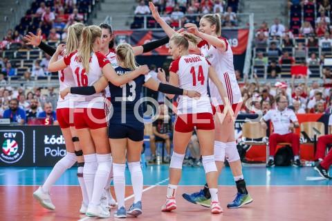 AGENCJA FOTONEWS - 01.09.2019 LODZ ( POLAND )SIATKOWKA KOBIET MISTRZOSTWA EUROPY KOBIET CEV EUROVOLLEY 2019 WOMEN EUROPEAN CHAMPIONSHIP1/8 FINALU MECZ POLSKA - HISZPANIA ( Poland - Spain ) N/Z MAGDALENA STYSIAK MALWINA SMARZEK GODEK JOANNA WOLOSZ RADOSC EMOCJEFOT ARTUR MARCINKOWSKI / FOTONEWS