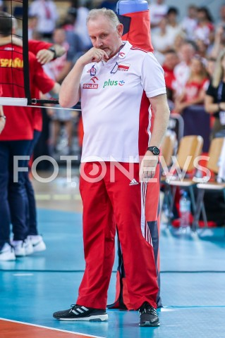 AGENCJA FOTONEWS - 01.09.2019 LODZ ( POLAND )SIATKOWKA KOBIET MISTRZOSTWA EUROPY KOBIET CEV EUROVOLLEY 2019 WOMEN EUROPEAN CHAMPIONSHIP1/8 FINALU MECZ POLSKA - HISZPANIA ( Poland - Spain ) N/Z JACEK NAWROCKI - I TRENER ( HEAD COACH ) SYLWETKA SMUTEK ZLOSCFOT ARTUR MARCINKOWSKI / FOTONEWS