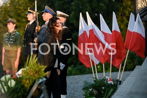 AGENCJA FOTONEWS - 01.09.2019 GDANSKOBCHODY 80. ROCZNICY WYBUCHU II WOJNY SWIATOWEJ NA WESTERPLATTE(Commemorative ceremony at Westerplatte ? 80th anniversary of the outbreak of the Second World War)N/Z ALEKSANDRA DULKIEWICZ SKLADA KWIATY POD POMNIKIEM WESTERPLATTEFOT MATEUSZ SLODKOWSKI / FOTONEWS