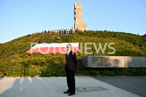 AGENCJA FOTONEWS - 01.09.2019 GDANSKOBCHODY 80. ROCZNICY WYBUCHU II WOJNY SWIATOWEJ NA WESTERPLATTE(Commemorative ceremony at Westerplatte ? 80th anniversary of the outbreak of the Second World War)N/Z SADIQ KHAN SYLWETKA NA TLE POMNIKA WESTERPLATTEFOT MATEUSZ SLODKOWSKI / FOTONEWS