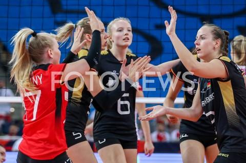 AGENCJA FOTONEWS - 04.09.2019 LODZ ( POLAND )SIATKOWKA KOBIET MISTRZOSTWA EUROPY KOBIET CEV EUROVOLLEY 2019 WOMEN EUROPEAN CHAMPIONSHIP1/4 FINALU MECZ POLSKA - NIEMCY ( Poland - Germany ) N/Z JENNIFER GEERTIES DENISE HANKE RADOSC EMOCJE FOT ARTUR MARCINKOWSKI / FOTONEWS