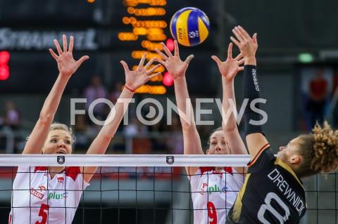 AGENCJA FOTONEWS - 04.09.2019 LODZ ( POLAND )SIATKOWKA KOBIET MISTRZOSTWA EUROPY KOBIET CEV EUROVOLLEY 2019 WOMEN EUROPEAN CHAMPIONSHIP1/4 FINALU MECZ POLSKA - NIEMCY ( Poland - Germany ) N/Z AGNIESZKA KAKOLEWSKA MAGDALENA STYSIAK BLOK FOT ARTUR MARCINKOWSKI / FOTONEWS