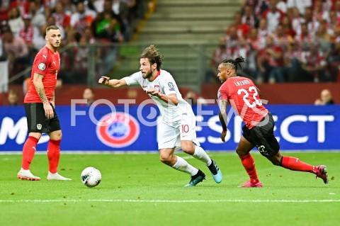 AGENCJA FOTONEWS - 09.09.2019 - WARSZAWAPILKA NOZNA - KWALIFIKACJE UEFA EURO 2020FOOTBALL UEFA EURO 2020 QUALIFIERSMECZ POLSKA (POLAND) - AUSTRIA (AUSTRIA)N/Z GRZEGORZ KRYCHOWIAK VALENTINO LAZAROFOT MATEUSZ SLODKOWSKI / FOTONEWS
