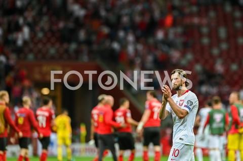 AGENCJA FOTONEWS - 09.09.2019 - WARSZAWAPILKA NOZNA - KWALIFIKACJE UEFA EURO 2020FOOTBALL UEFA EURO 2020 QUALIFIERSMECZ POLSKA (POLAND) - AUSTRIA (AUSTRIA)N/Z GRZEGORZ KRYCHOWIAK DZIEKUJE KIBICOMFOT MATEUSZ SLODKOWSKI / FOTONEWS