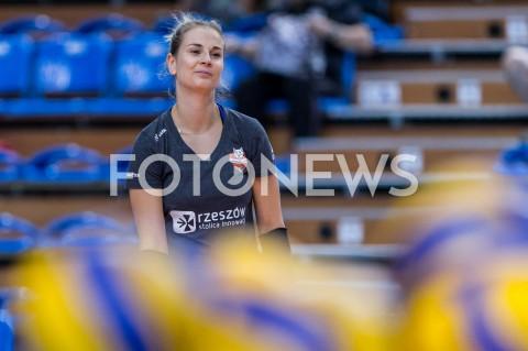 AGENCJA FOTONEWS - 10.09.2019 RZESZOW TRENING SIATKAREK DEVELOPRES SKYRES RZESZOW N/Z ALEKSANDRA KRZOS SYLWETKA FOT MACIEJ GOCLON / FOTONEWS
