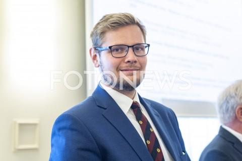 AGENCJA FOTONEWS - 24.09.2019 WARSZAWAPOSIEDZENIE RADY MINISTROWPOSIEDZENIE RZADUN/Z MICHAL WOSFOT GRZEGORZ KRZYZEWSKI / FOTONEWS