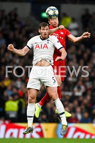 AGENCJA FOTONEWS - 01.10.2019 - LONDYNPILKA NOZNA - MECZ FAZY GRUPOWEJ LIGI MISTRZOWTOTTENHAM HOTSPUR - BAYERN MONACHIUMFootball - Champions League Group B match(Tottenham Hotspur - Bayern Munich)N/Z JAN VERTONGHEN ROBERT LEWANDOWSKIFOT MATEUSZ SLODKOWSKI / FOTONEWS