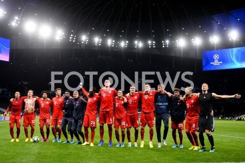 AGENCJA FOTONEWS - 01.10.2019 - LONDYNPILKA NOZNA - MECZ FAZY GRUPOWEJ LIGI MISTRZOWTOTTENHAM HOTSPUR - BAYERN MONACHIUMFootball - Champions League Group B match(Tottenham Hotspur - Bayern Munich)N/Z BAYERN MONACHIUM WYGRANA ROBERT LEWANDOWSKI CIESZY SIE Z KOLEGAMI Z DRUZYNYFOT MATEUSZ SLODKOWSKI / FOTONEWS