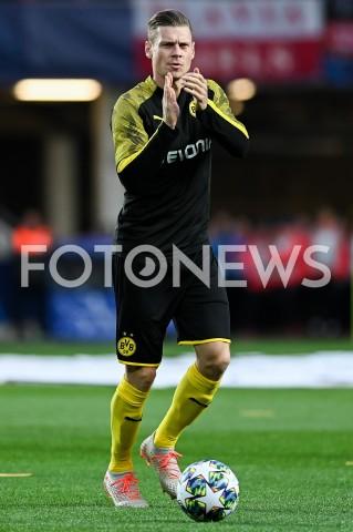 AGENCJA FOTONEWS - 02.10.2019 - PRAGAPILKA NOZNA - MECZ FAZY GRUPOWEJ LIGI MISTRZOWSLAVIA PRAGA - BORUSSIA DORTMUNDFootball - Champions League Group F match(Slavia Prague - Borussia Dortmund)N/Z LUKASZ PISZCZEK SYLWETKA ROZGRZEWKAFOT MATEUSZ SLODKOWSKI / FOTONEWS