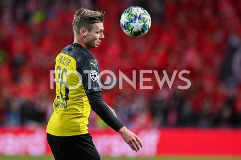 AGENCJA FOTONEWS - 02.10.2019 - PRAGAPILKA NOZNA - MECZ FAZY GRUPOWEJ LIGI MISTRZOWSLAVIA PRAGA - BORUSSIA DORTMUNDFootball - Champions League Group F match(Slavia Prague - Borussia Dortmund)N/Z LUKASZ PISZCZEK SYLWETKAFOT MATEUSZ SLODKOWSKI / FOTONEWS