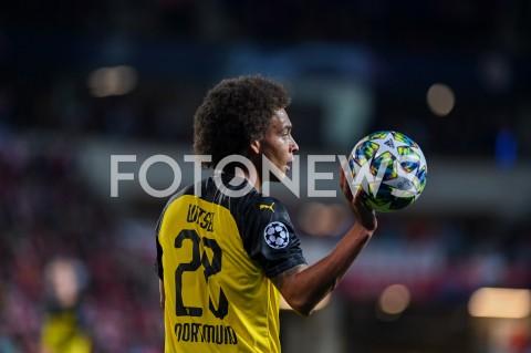 AGENCJA FOTONEWS - 02.10.2019 - PRAGAPILKA NOZNA - MECZ FAZY GRUPOWEJ LIGI MISTRZOWSLAVIA PRAGA - BORUSSIA DORTMUNDFootball - Champions League Group F match(Slavia Prague - Borussia Dortmund)N/Z AXEL WITSEL SYLWETKAFOT MATEUSZ SLODKOWSKI / FOTONEWS