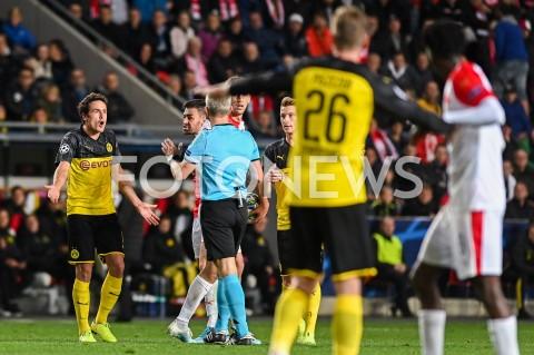 AGENCJA FOTONEWS - 02.10.2019 - PRAGAPILKA NOZNA - MECZ FAZY GRUPOWEJ LIGI MISTRZOWSLAVIA PRAGA - BORUSSIA DORTMUNDFootball - Champions League Group F match(Slavia Prague - Borussia Dortmund)N/Z THOMAS DELANEY EMOCJE FAULFOT MATEUSZ SLODKOWSKI / FOTONEWS