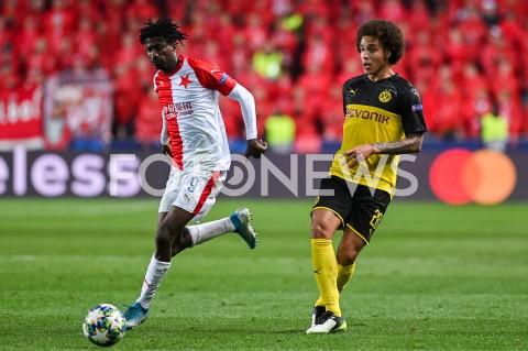 AGENCJA FOTONEWS - 02.10.2019 - PRAGAPILKA NOZNA - MECZ FAZY GRUPOWEJ LIGI MISTRZOWSLAVIA PRAGA - BORUSSIA DORTMUNDFootball - Champions League Group F match(Slavia Prague - Borussia Dortmund)N/Z PETER OLAYINKA AXEL WITSELFOT MATEUSZ SLODKOWSKI / FOTONEWS