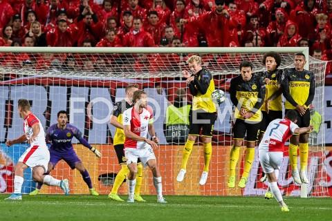 AGENCJA FOTONEWS - 02.10.2019 - PRAGAPILKA NOZNA - MECZ FAZY GRUPOWEJ LIGI MISTRZOWSLAVIA PRAGA - BORUSSIA DORTMUNDFootball - Champions League Group F match(Slavia Prague - Borussia Dortmund)N/Z NICOLAE STANCIU RZUT WOLNY JULIAN BRANDT MATS HUMMELS AXEL WITSEL LEONARDO BALERDIFOT MATEUSZ SLODKOWSKI / FOTONEWS