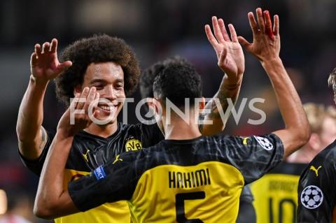 AGENCJA FOTONEWS - 02.10.2019 - PRAGAPILKA NOZNA - MECZ FAZY GRUPOWEJ LIGI MISTRZOWSLAVIA PRAGA - BORUSSIA DORTMUNDFootball - Champions League Group F match(Slavia Prague - Borussia Dortmund)N/Z ACHRAF HAKIMI RADOSC BRAMKA GOL NA 0:2 AXEL WITSELFOT MATEUSZ SLODKOWSKI / FOTONEWS