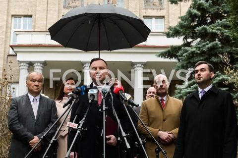 Briefing Prezydenta RP Andrzeja Dudy przed szpitalem w Nysie
