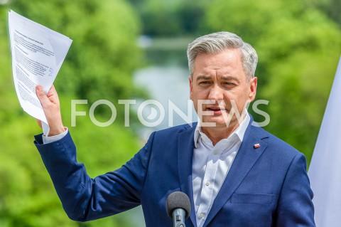 Prezentacja planu inwestycyjnego Roberta Biedronia w Warszawie