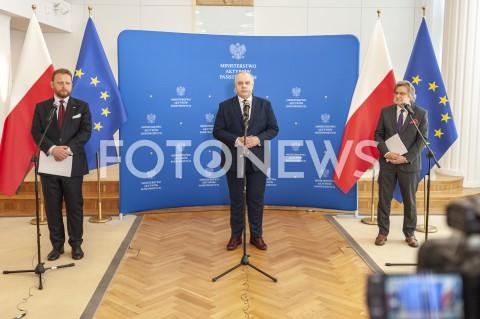 Konferencja ministrów zdrowia i aktywów państwowych nt. wstrzymania prac kopalń w Warszawie