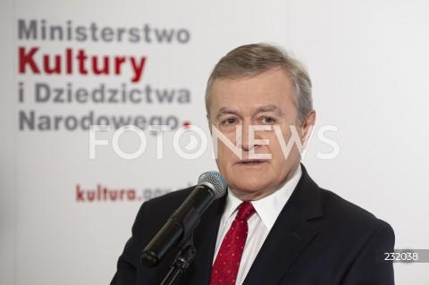 Konferencja ministra kultury Piotra Glińskiego w Warszawie