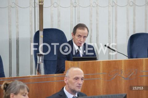 Dzień w Senacie w Warszawie